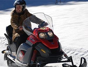 Motoneige Méribel sport hiver méribel